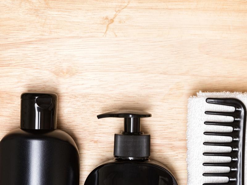 Τριχόπτωση ανδρών: Πώς να την …καλύψετε